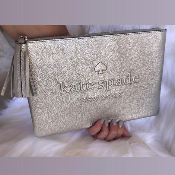 kate spade Handbags - 💃Kate Spade Larchmont Avenue Logo Gia Clutch Pouc